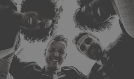 Presença Online lança banco de talentos para posicionar alunos no mercado de marketing e comunicação política