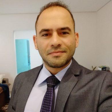 Nathan Rodrigues profissional de marketing Político